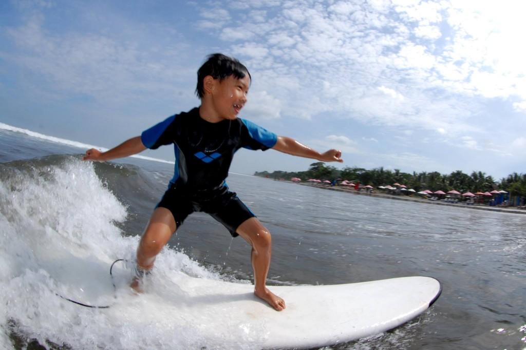 Bali surf kid