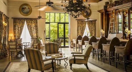 anantara_royal_livingstone_travellers_bar_dining-298