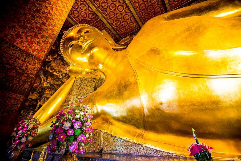 Buddha Reclining at wat pho inthailand