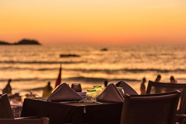 Sunset at Kudo Beach Club